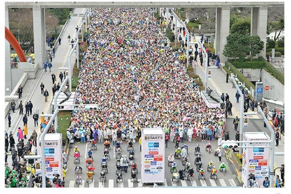 137東京マラソン雨